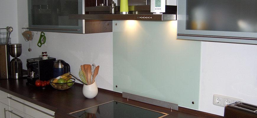 k chenr ckw nde aus glas glaserei m hring magdeburg. Black Bedroom Furniture Sets. Home Design Ideas